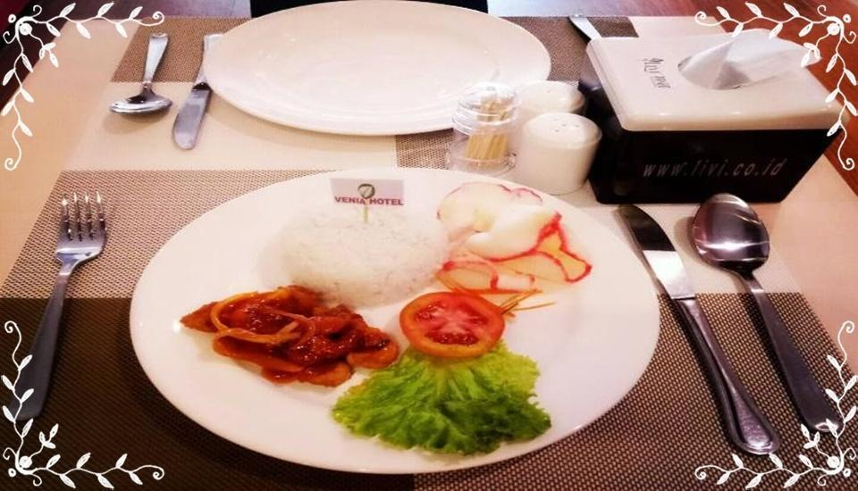 Venia Hotel Batam Batam - Meal