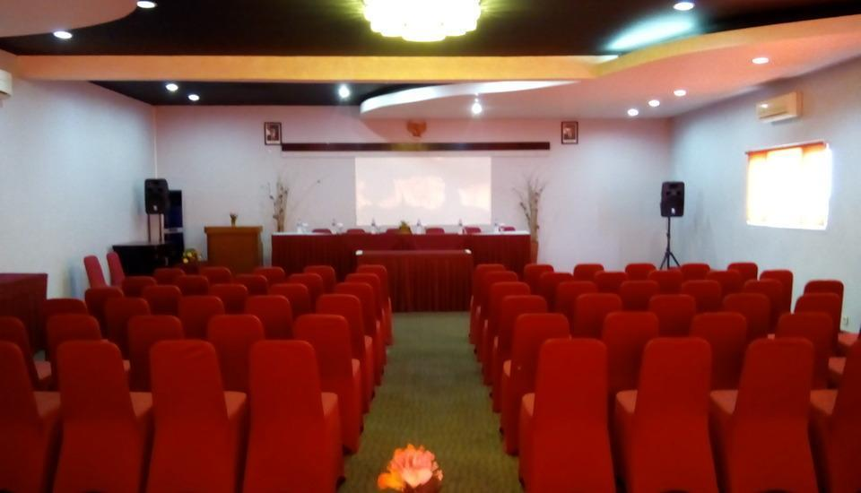 Riez Palace Hotel Tegal - Meeting Room