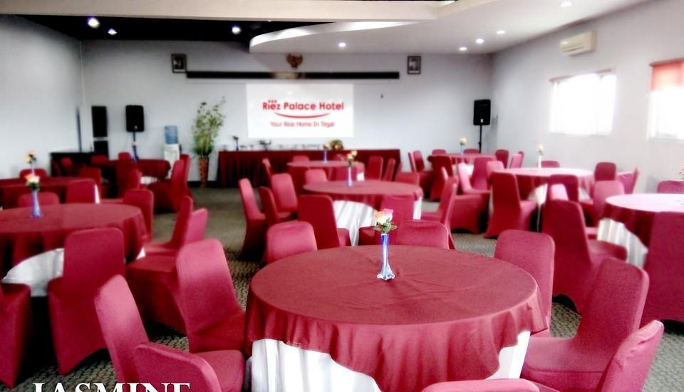 Riez Palace Hotel Tegal - Jasmine Meeting Room