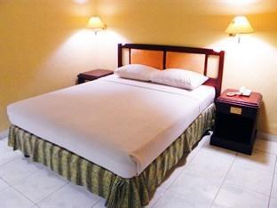 Hotel Yulia Gorontalo - Superior