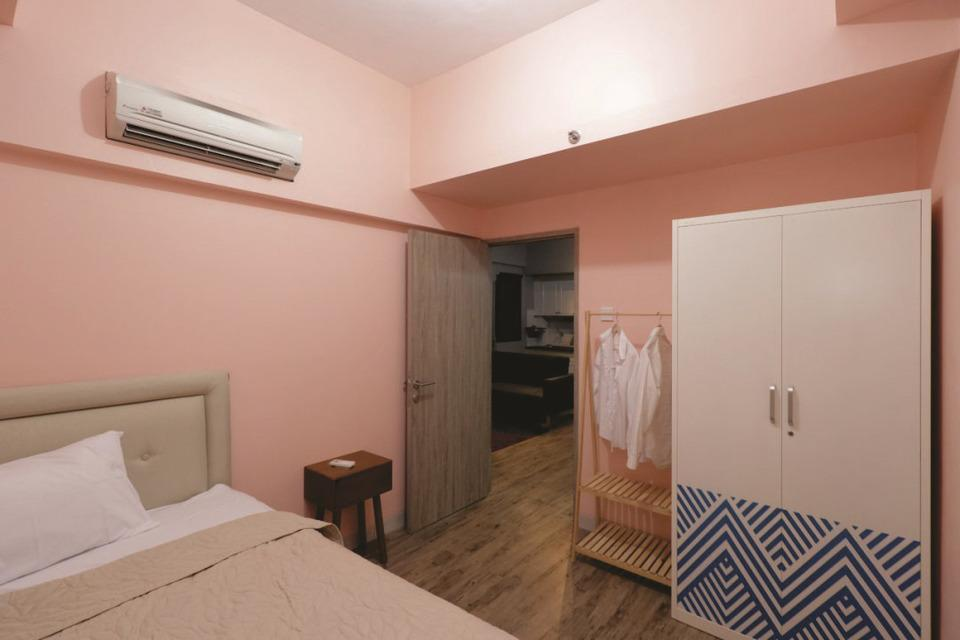 Newton Apartment by OCB Bandung - Guest room