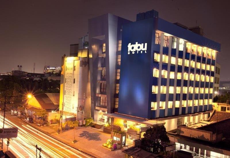 Fabu Hotel Bandung - Hotel Buidling