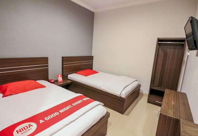 NIDA Rooms Cempaka Boulevard Makassar - Double Room Double Occupancy Special Promo