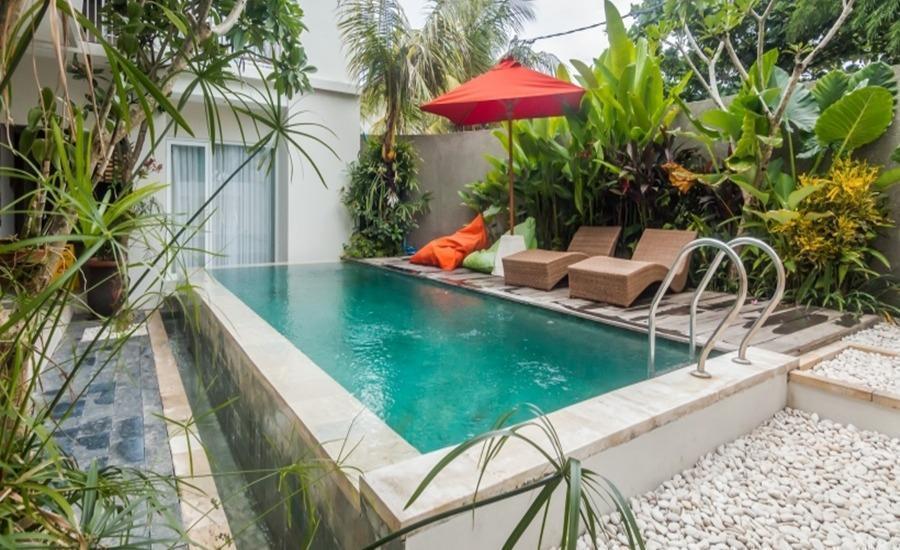 ZenRooms Seminyak Kayu Jati Bali - Kolam Renang