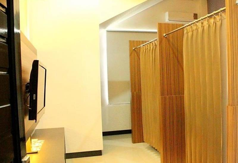Hotel Harmony In Pontianak - Facilities