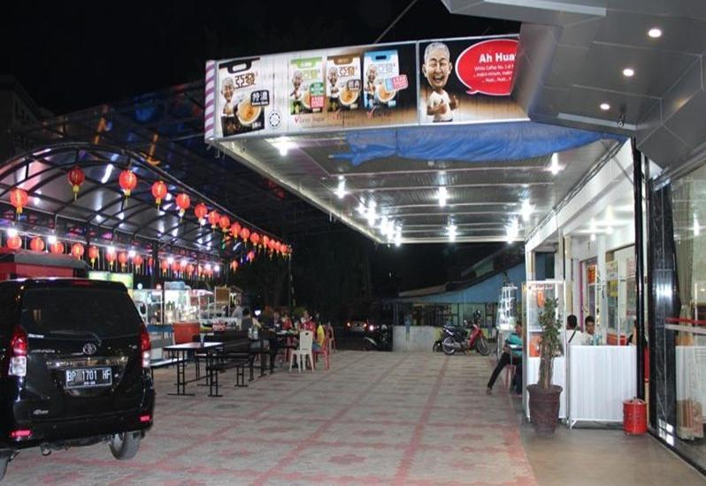 Cardinal Lucky Star Hotel Batam - Eksterior