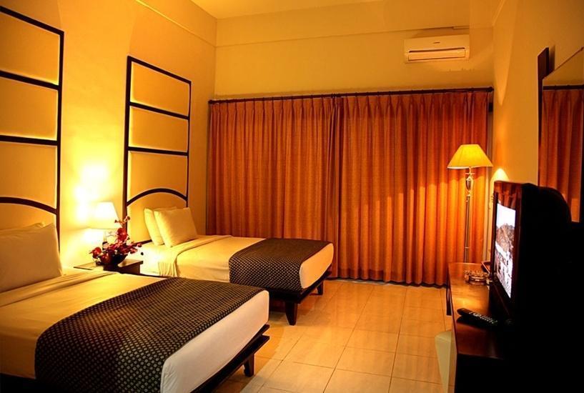 Ollino Garden Hotel Malang - Kamar Deluxe