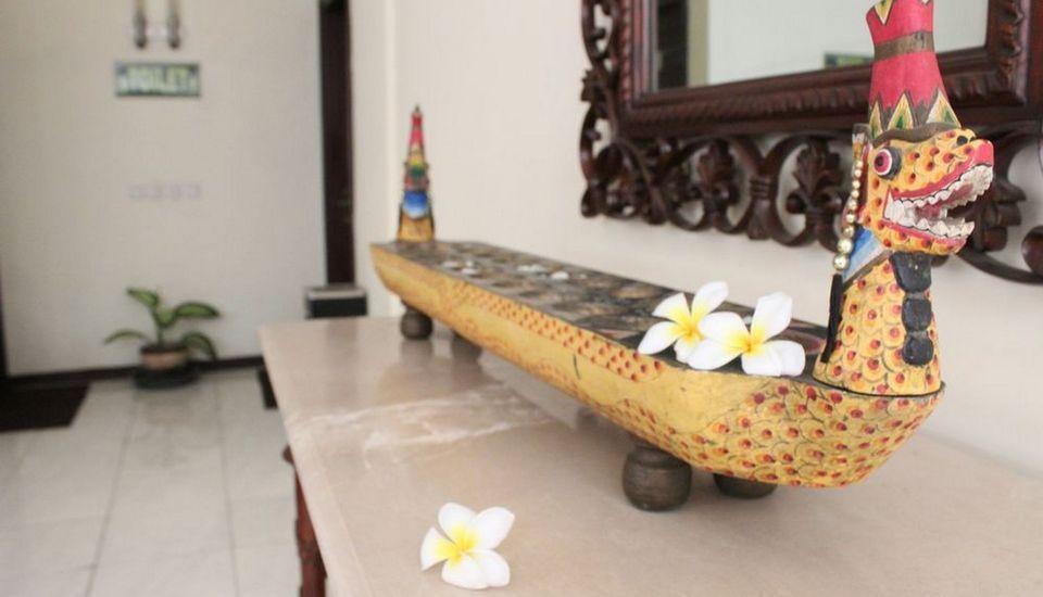 Ollino Garden Hotel Malang - Lobby