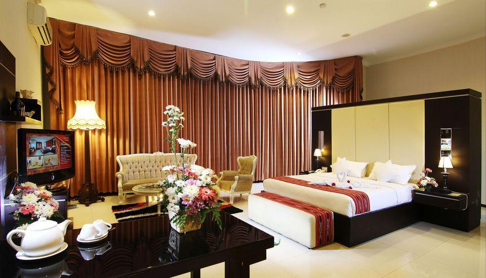 Ollino Garden Hotel Malang - President Suite Regular Plan