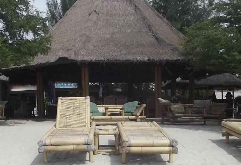 Coral Beach 2 Bungalow Lombok - Surrounding