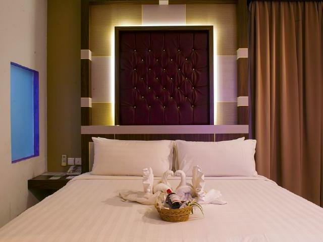 Aston Ketapang City Hotel Pontianak - Suite Room