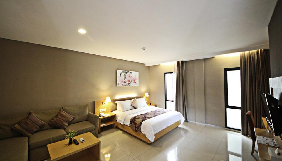 Anggrek Gandasari Hotel Bandung - Junior Suite With Breakfast Regular Plan