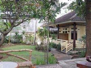 Bali Lovina Beach Cottages Bali -
