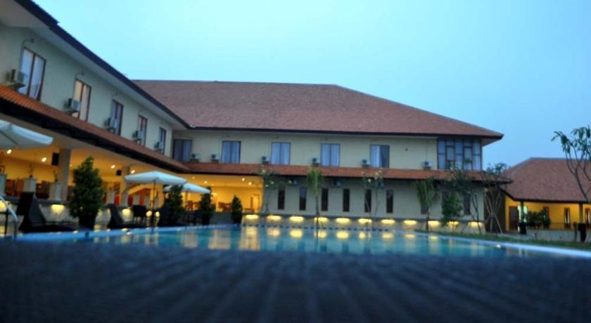 Bumi Tapos Resort Bogor - Swimming Pool
