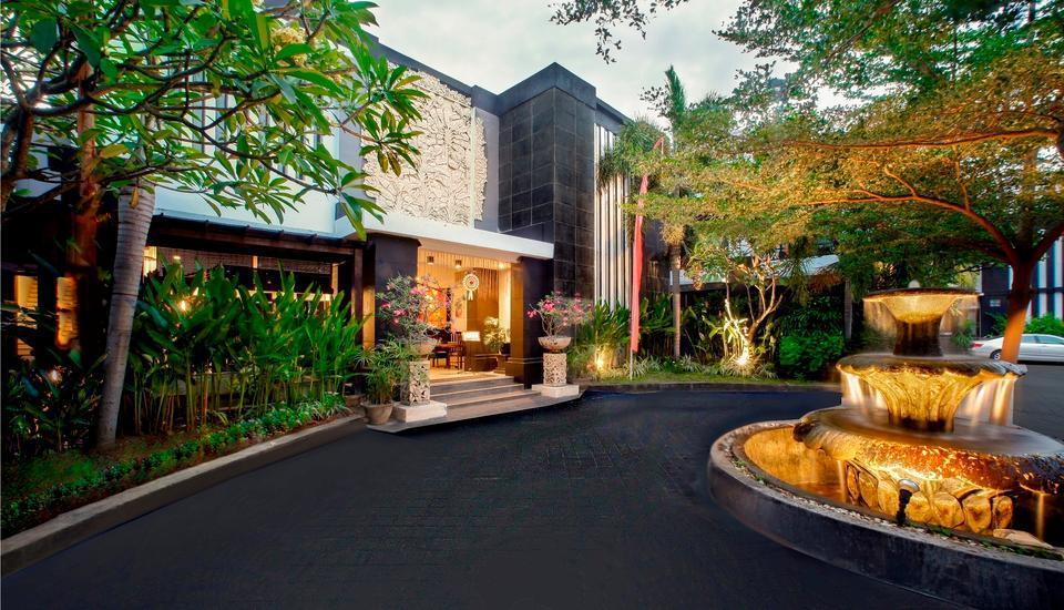 The Radiant Hotel Bali - Hotel front view