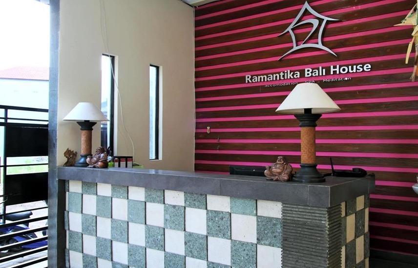 Ramantika Bali House Bali - Resepsionis