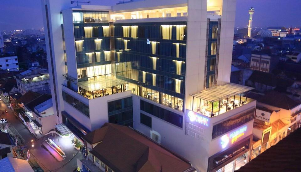 Pasar Baru Square Hotel Bandung - View