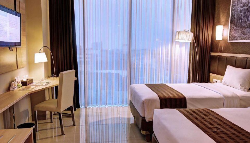Pasar Baru Square Hotel Bandung - Deluxe Twin Room Only 8%