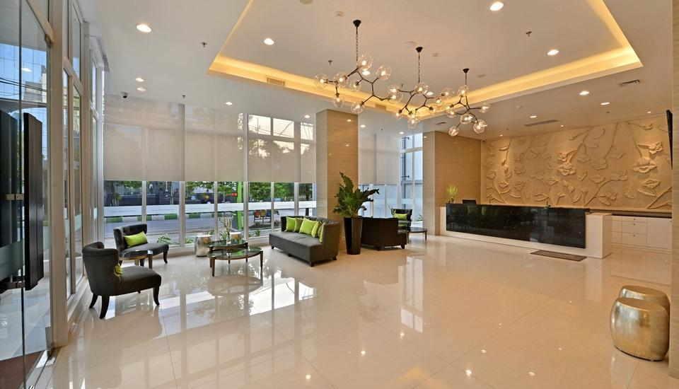 Whiz Prime Hotel Basuki Rahmat Malang Malang - Lobby