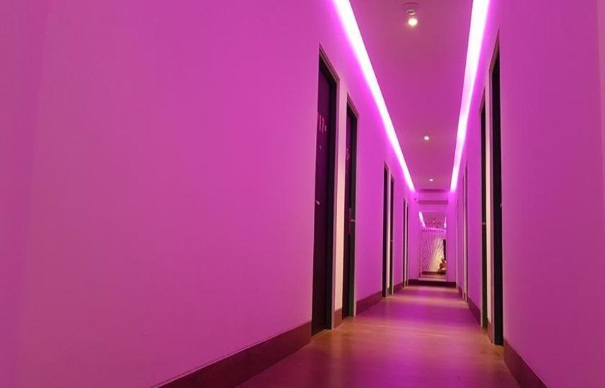 J iCon Hip Hotel Balikpapan - Koridor