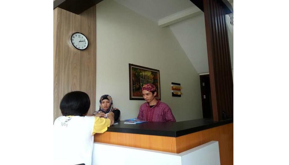 My Residence Cirebon - Resepsionis