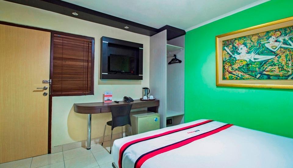 RedDoorz @Karet Setiabudi Jakarta - Reddoorz Room with Breakfast Regular Plan
