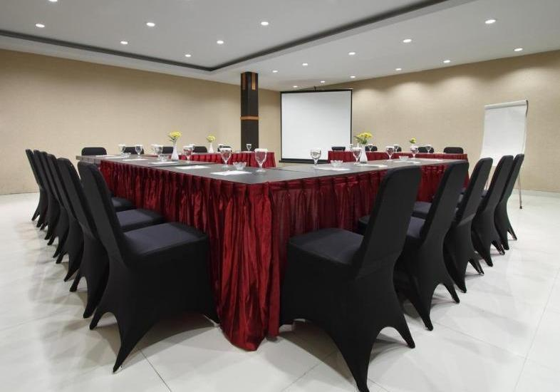 NIDA Rooms Monjali Monument Tugu Jogja - Ruang Rapat