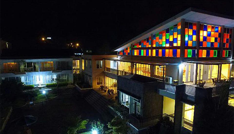 Casa Monte Rosa Hotel Cianjur - Suasana Malam