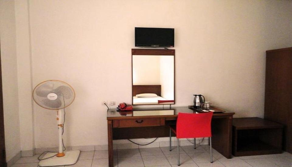 Wisma Gandapura Bandung - Standard Room - Non AC Regular Plan