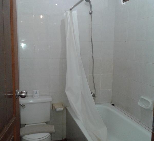 NIDA Rooms Lombok Raya Senggigi - Kamar mandi