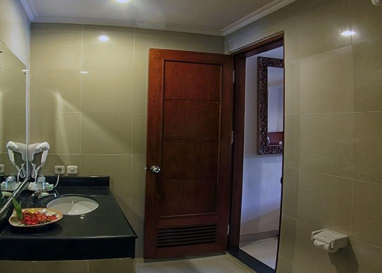 Restu Bali Hotel Bali - Kamar Mandi 1