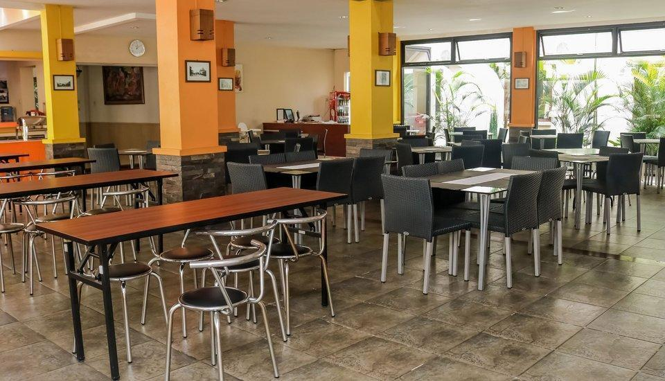 NIDA Rooms Bandung Paris Van Shopping Ciumbuleuit - Restoran