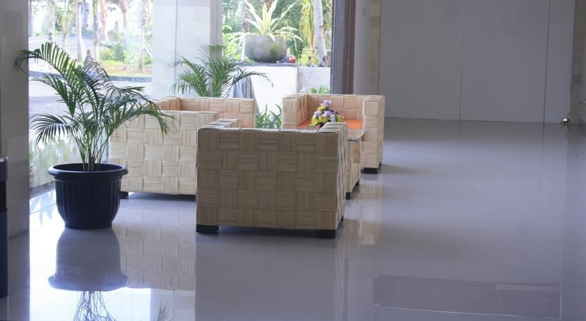 Bali Mega Hotel Bali - Tempat duduk di Lobby