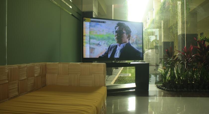 Bali Mega Hotel Bali - TV di Lobby