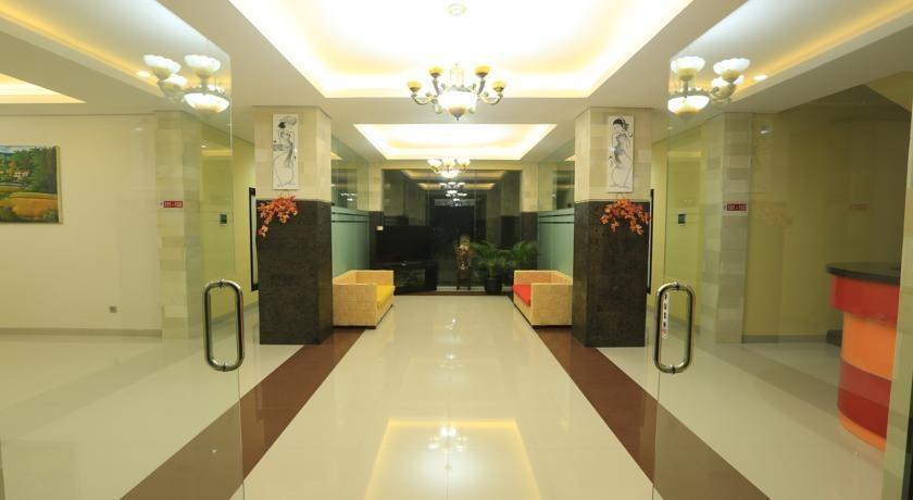 Bali Mega Hotel Bali - masuk ke lobi