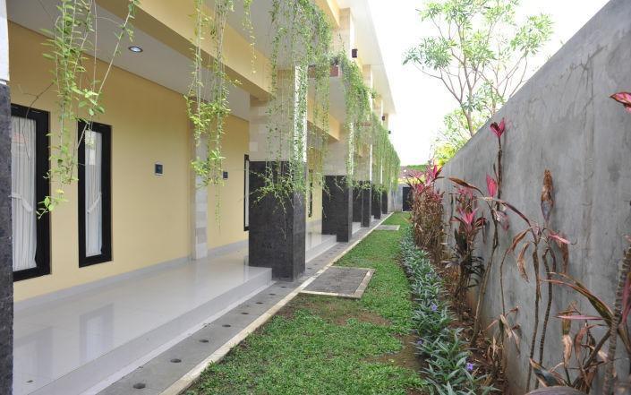 Bali Mega Hotel Bali - Pemandangan Taman