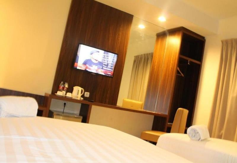 Ameera Hotel Pekanbaru - Superior Regular Plan