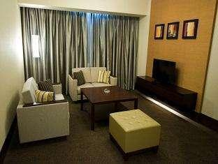 Emerald Garden Hotel Medan - Kamar Junior Suite