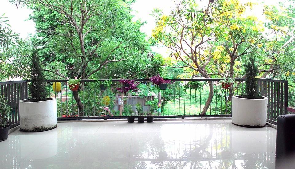 Hasanah Sawojajar Guest House Malang - Balkon