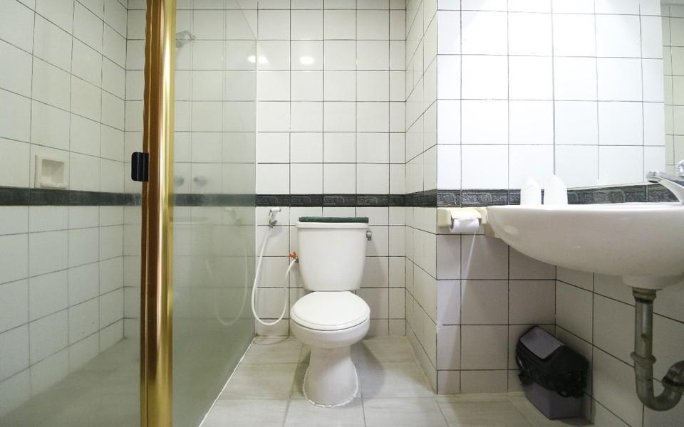 Hotel Paragon Jakarta - Bathroom