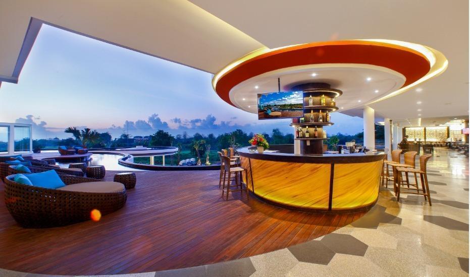 Swiss-Belresort Pecatu Bali - Cinnamon Lobby Bar