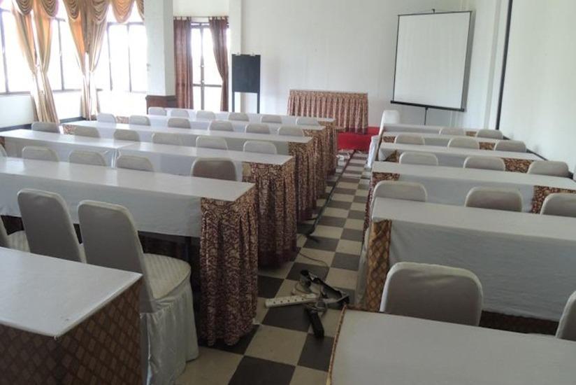 Green Wattana Hotel Sentul - Ballroom