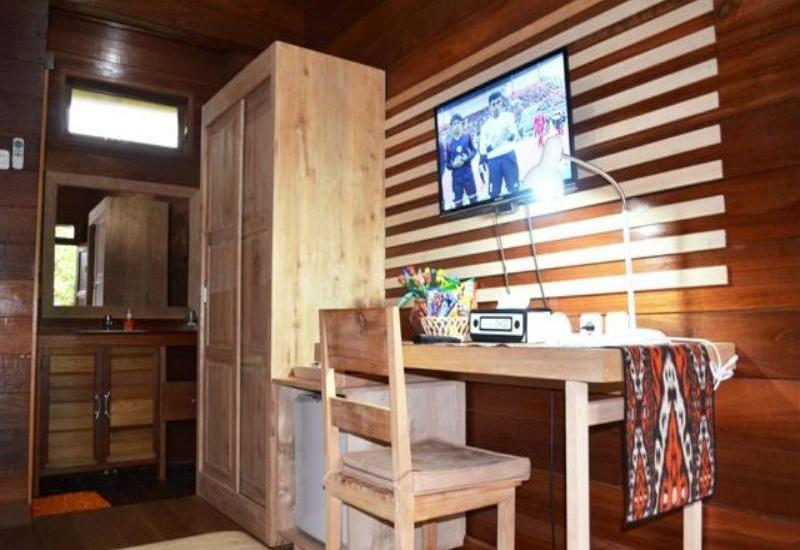 Rumah Kedaung Guest House Berau - TV, Minibar, WiFi