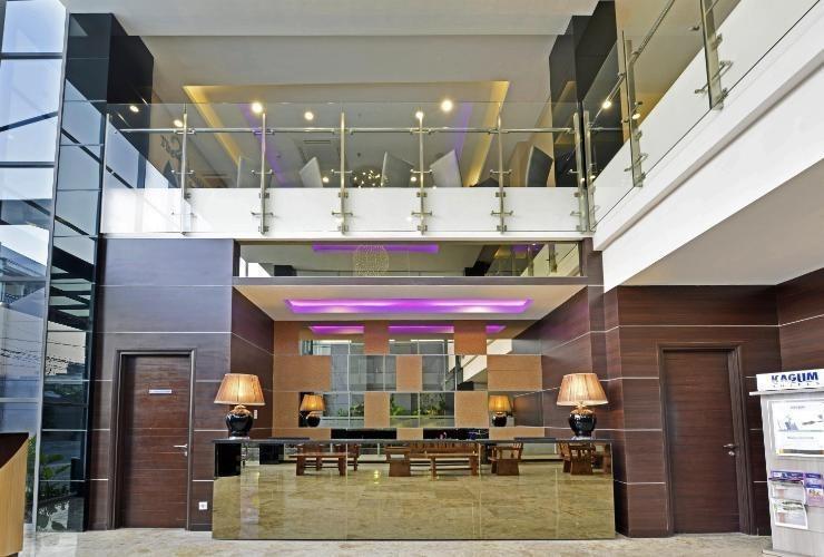 Serela Waringin Hotel Bandung - Lobby