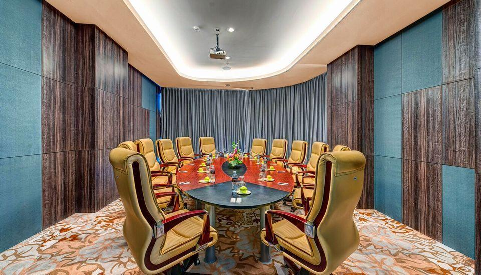 Melia Makassar Makassar - Private Meeting Room