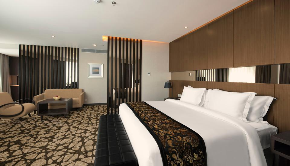 Melia Makassar Makassar - Junior Suite Room Regular Plan