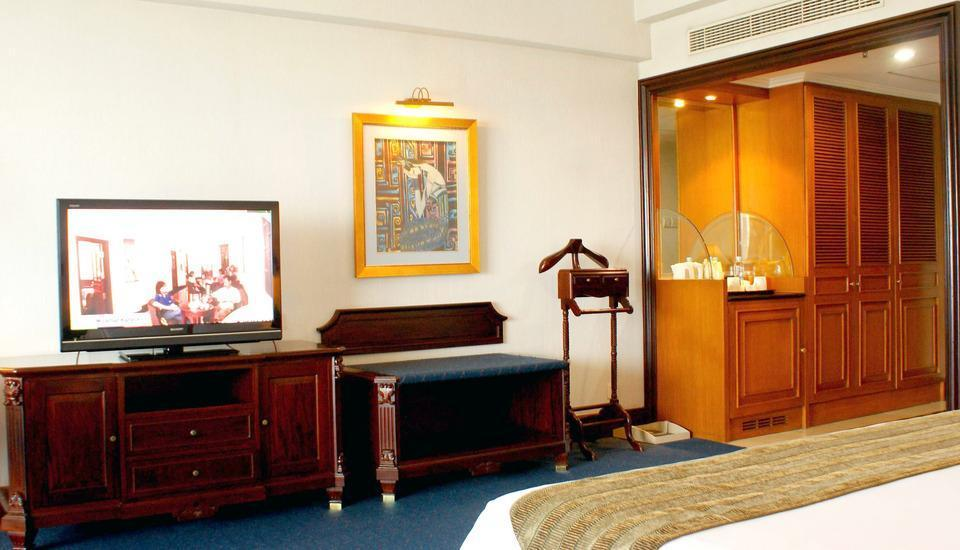 Sunlake Hotel Jakarta - Executive King Room,  With Breakfast For 2 Person Regular Plan