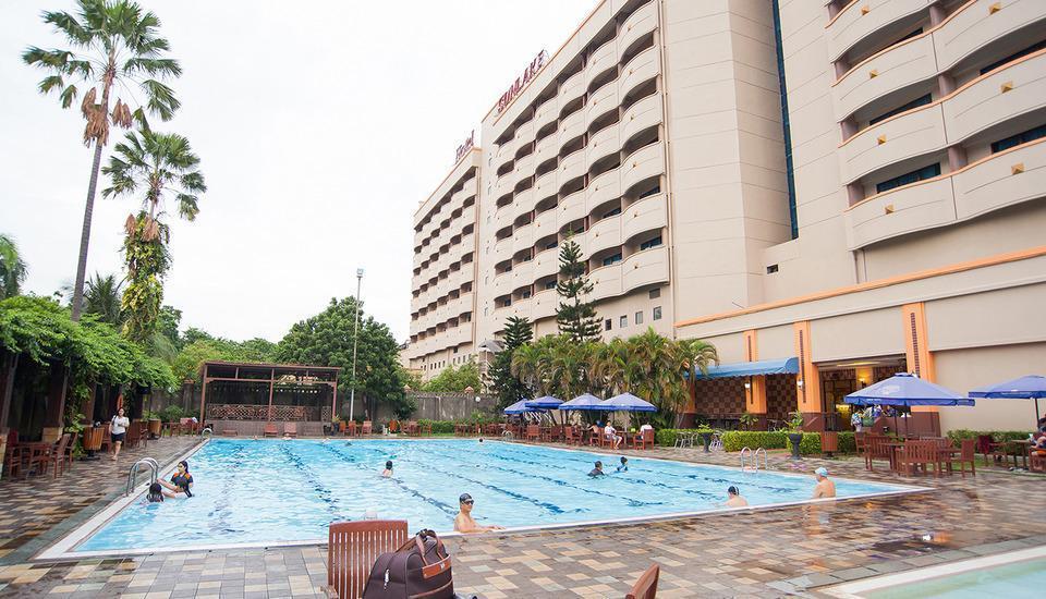 Sunlake Hotel Jakarta - Kolam Renang