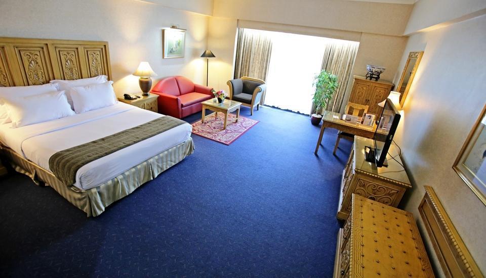 Sunlake Hotel Jakarta - Oriental Suite Regular Plan