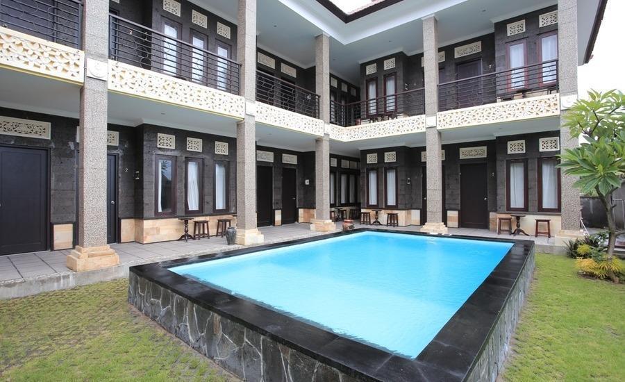 RedDoorz @Goa Gong Jimbaran Bali - Kolam Renang